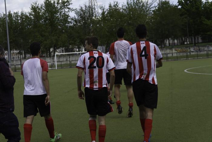 CD Laudioko gazteek lortu dute sailkapena Euskal Ligako play-offak jokatzeko - 72