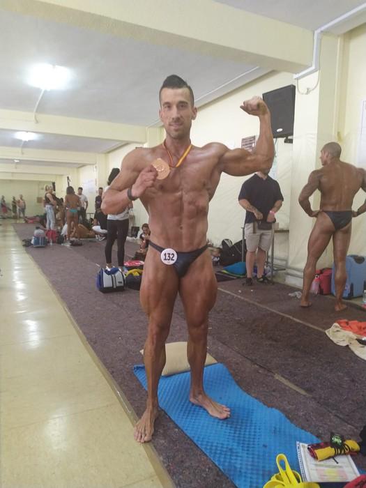 Josu Hernandez hirugarren Espainiako Bodybuilding Txapelketan