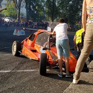 Motorshow topaketek auto klasiko mordoa batu zituzten