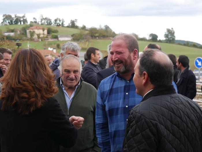 Gaur inauguratu dute Aiarako nagusien egoitza berria - 36