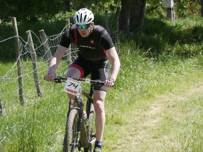 Zuriñe Frutosek eta Iñaki Isasik irabazi dute Aiarako Mendi Duatloia - 77