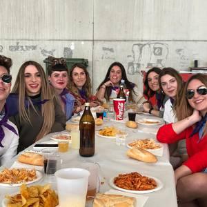 Giro onean ospatu zuten jai koadrilek Puntazo Eguna