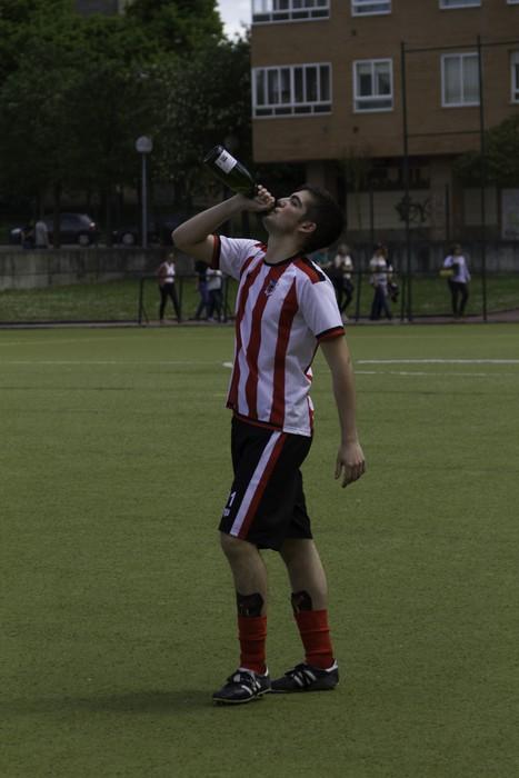 CD Laudioko gazteek lortu dute sailkapena Euskal Ligako play-offak jokatzeko - 73