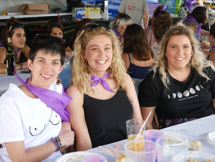 Saretzeko ekintzak eta espazioak uztartu zituen atzo Egun feministak - 13