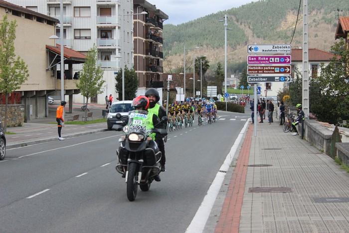 Euskal Herriko itzuliak eskualdeko errepideak hartu ditu - 27