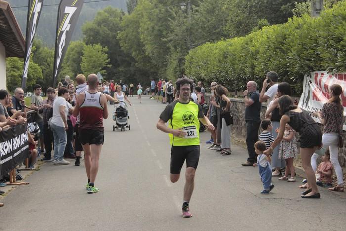 Jon Durana eta Maider Urtaran garaile San Joan Astobitzako krosean - 60