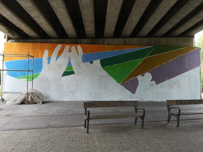 Berdintasunaren aldeko murala ia bukatu dute herritarren parte hartzeari esker - 4