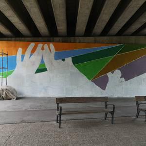 Berdintasunaren aldeko murala ia bukatu dute herritarren parte hartzeari esker