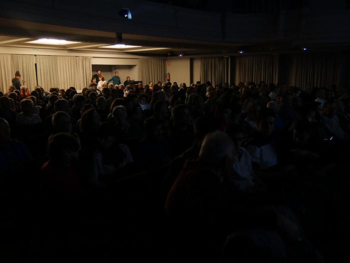 Bilboko BBK Aretoa bete zuen Gorbeiako artzaintzari buruzko dokumentalaren aurkezpenak - 20