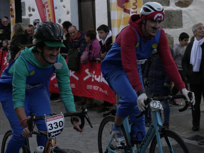 Ander Ganzabalek irabazi du San Silbestre lasterketa jendetsua - 135