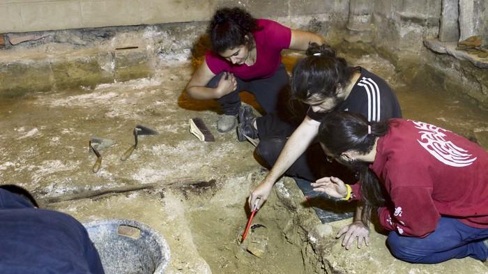 Bisita antzeztuak egingo dituzte udan Ermualdeko aztarnategian