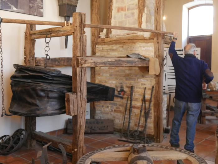 Antzinako lanbide eta usadioak berpiztu zituzten atzo Artziniega Museoan - 27