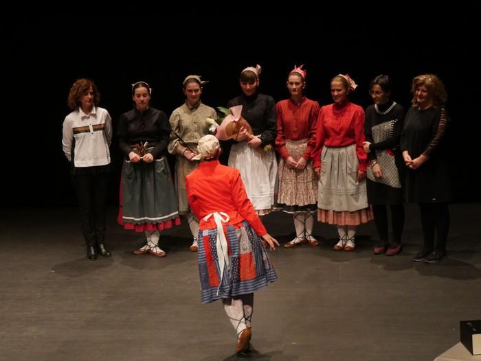 Guk saria jaso du Aiara dantza taldeak - 26