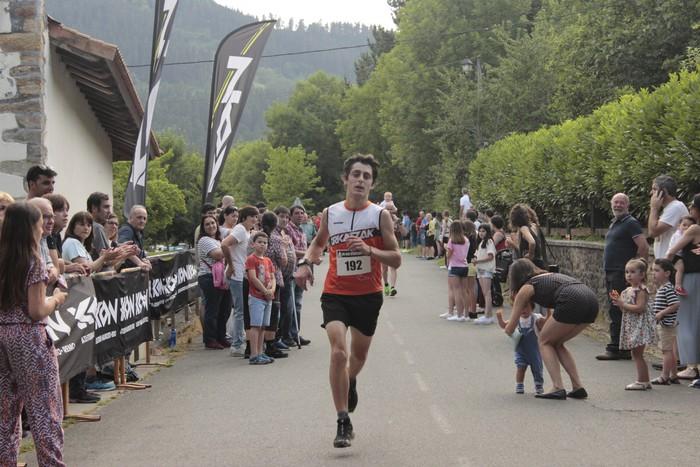 Jon Durana eta Maider Urtaran garaile San Joan Astobitzako krosean - 56