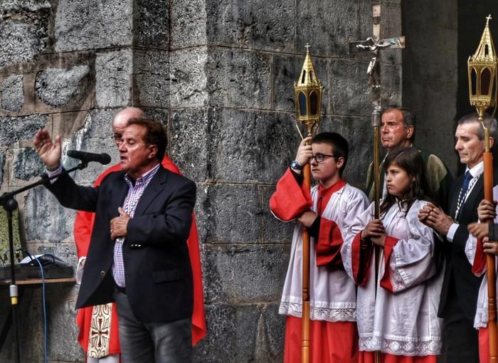 Laudion ere prozesioak hartu zuen kalea Ostiral Santuan - 9