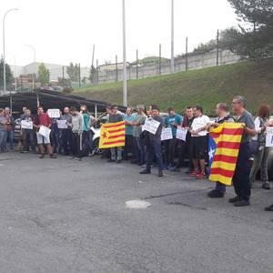 Kataluniako grebarekin bat egin zuten atzo hainbat aiaraldearrek