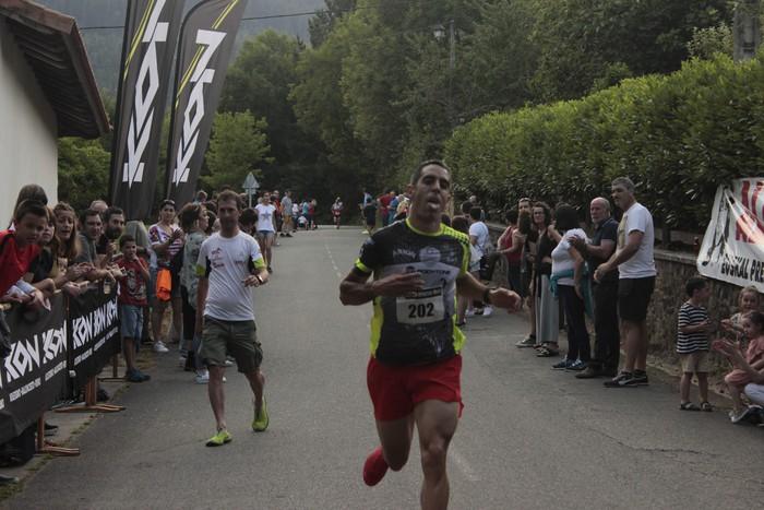 Jon Durana eta Maider Urtaran garaile San Joan Astobitzako krosean - 48