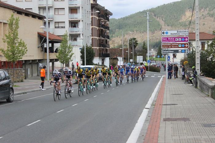 Euskal Herriko itzuliak eskualdeko errepideak hartu ditu - 28
