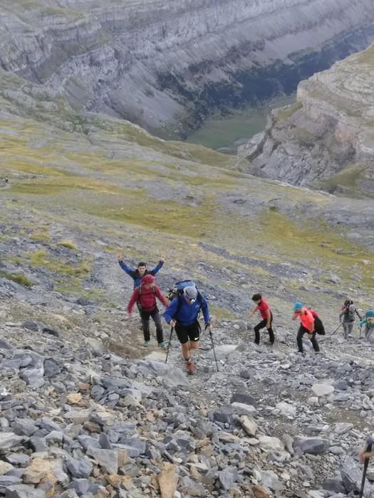 Monte Perdidon aritu dira Matxinkorta mendi taldeko kideak - 19