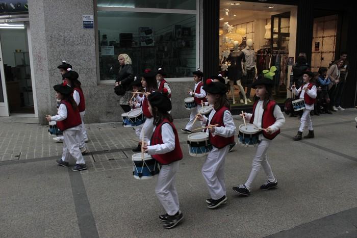 Danbor hotsez bete dituzte bazterrak Laudio eta Amurrioko eskolek - 73