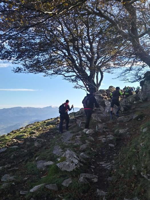 800 lagun inguruk parte hartu dute Gorobel Mendi Ibilaldian - 25