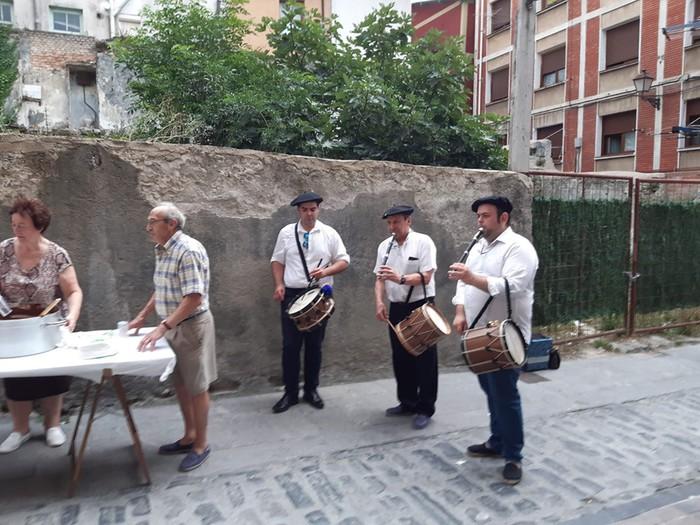 San Roman omenduz ospatu dituzte Orruño kaleko jaiak - 4