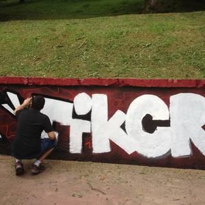 Laudioko Skate Parkean graffiti berriak egin dituzte