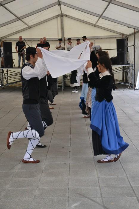 Untzueta dantza taldeak 35. urteurrena ospatu zuen atzo - 130