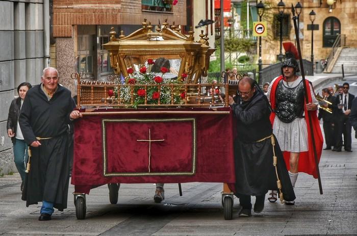 Laudion ere prozesioak hartu zuen kalea Ostiral Santuan - 7