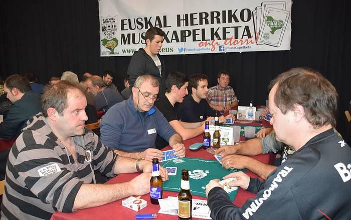 Eskualdeko 3 bikote lehiatuko dira Euskal Herriko IX. Mus Txapelketaren finalean