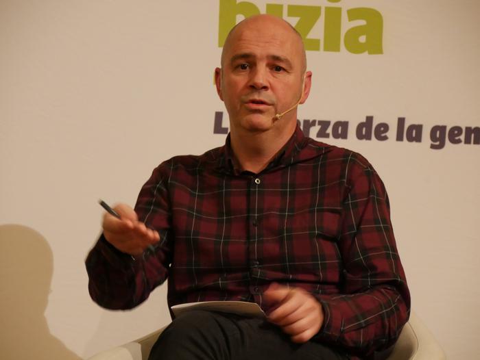 Joseba Vivanco EH Bilduko alkategiaren aurkezpenean Kike Fernandez de Pinedo ere aritu zen - 23