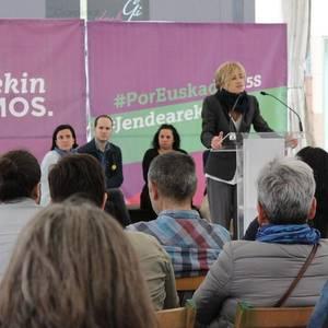 """Kontziliazioa eta """"politikaren feminizazioa"""" aldarrikatu ditu Pili Zabalak Laudion"""