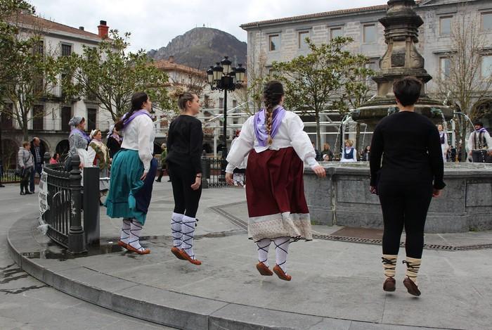 Kataluniako bi dantza talde arituko dira Urduñan abenduaren 8an