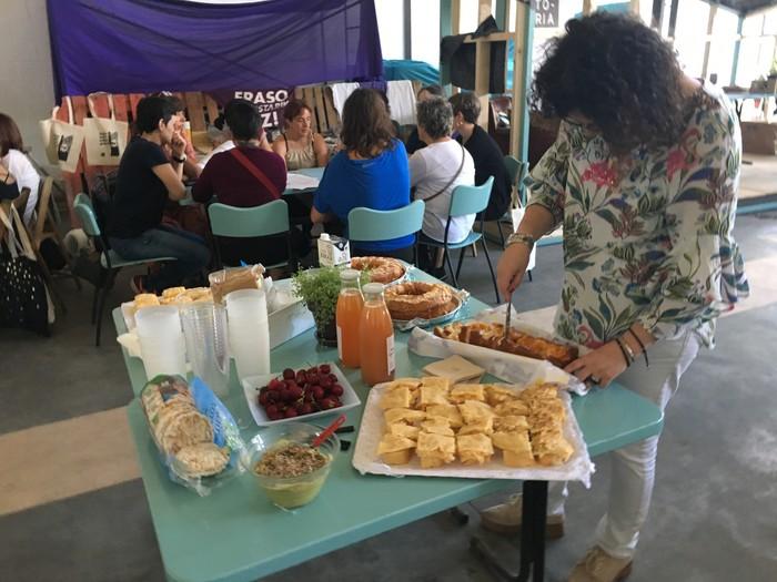 Aiaraldeko emakume feministen topaketa argazkitan - 50