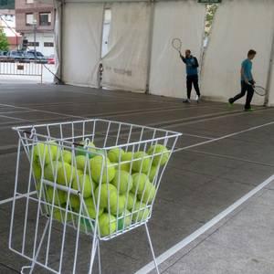 Jende ugarik hartu zuen parte Laudioko Tenis egunean