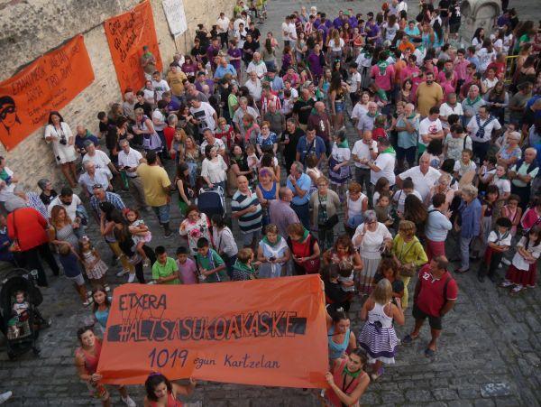 Ana Perezen pregoiari jarraiki, festarekin gaztetu da Artziniega - 29