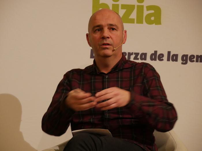 Joseba Vivanco EH Bilduko alkategiaren aurkezpenean Kike Fernandez de Pinedo ere aritu zen - 24