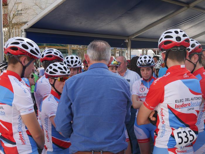 Pablo Fernandezek irabazi zuen sprintean Aiarako Birako lehen etapa - 34