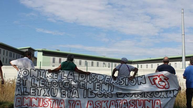 Aletxu Zobaran presoaren ziega eta jabetzak erre zituzten igandean matxinadan