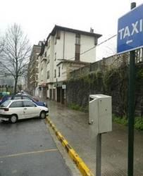 Laudioko taxistak Laudiokoak izan beharko dira