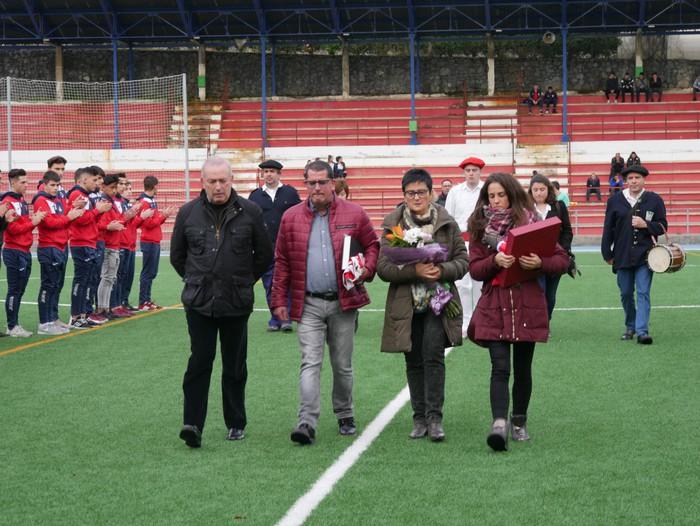 Futbol txapelketa egin dute Jon Urkijo Labururen omenez - 16