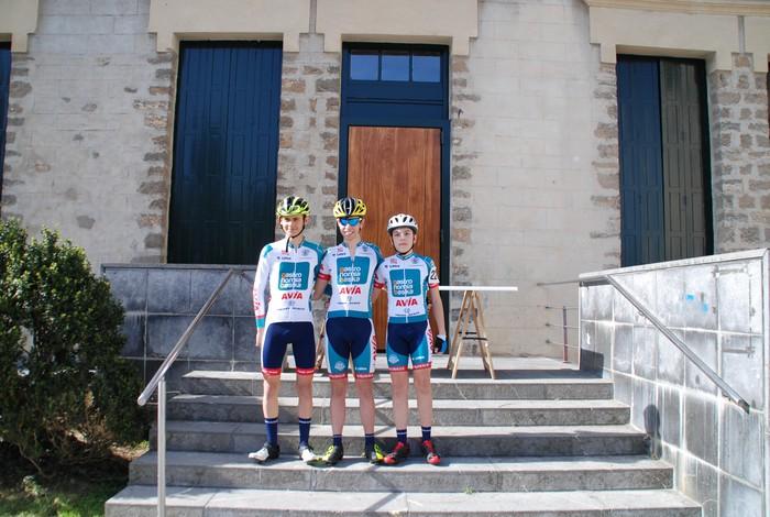 Pablo Fernandezek irabazi zuen sprintean Aiarako Birako lehen etapa - 24
