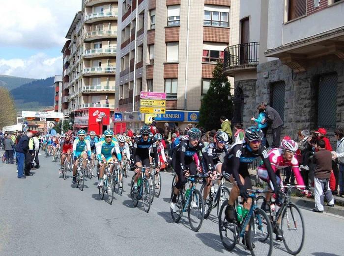 Euskal Herriko Itzuliak Aiaraldea zeharkatu du