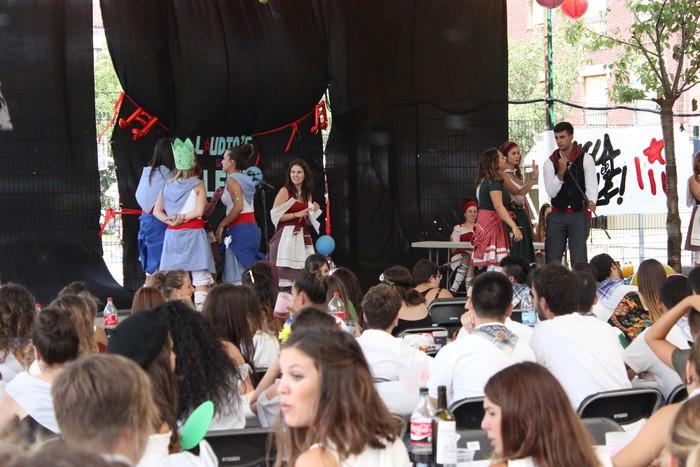 Aldai plaza txiki geratu da koadrilen bazkarian eta Laudio's Got Talent norgehiagokan - 21