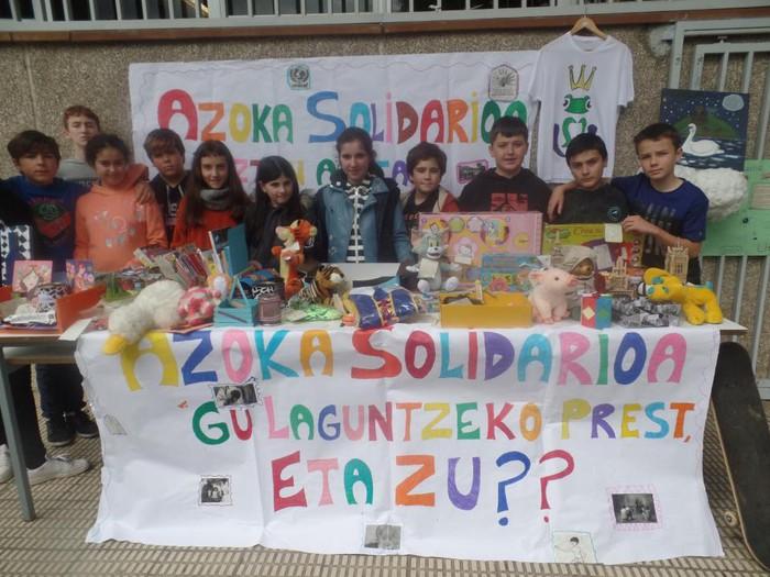 LH6ko ikasleek Elikagaien Bankura bideratu dituzte Azoka Solidarioan bildutako ekarpenak - 4