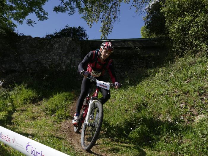 Zuriñe Frutosek eta Iñaki Isasik irabazi dute Aiarako Mendi Duatloia - 58
