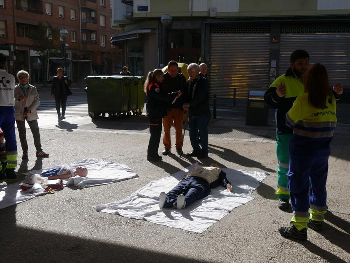 Suhiltzaileen eta Babes Zibilaren lana gertutik ezagutzeko parada egon da Prebentzioaren Astean - 39