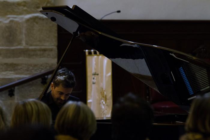 Antonio Oyarzabalek piano kontzertu jendetsua eskaini zuen atzo - 6