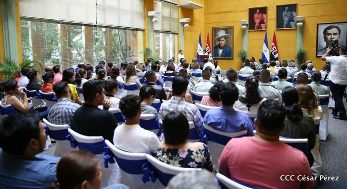 Nikaraguako Gobernuko ordezkarien eskutik jaso zuen saria Ramon Belaustegigoitiaren familiak - 2