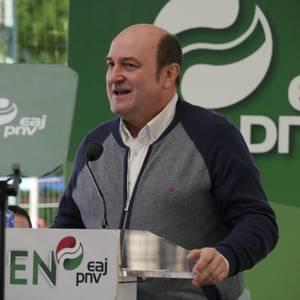 """Senatuan """"Araba eta Euskadiren interesak"""" defendatzeko prest azaldu da Almudena Otaola"""